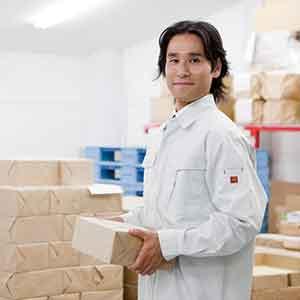 倉庫内作業スタッフ<br>金具取り付け・梱包作業