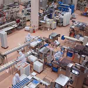 アルミ製造工場<br>庫内作業スタッフ
